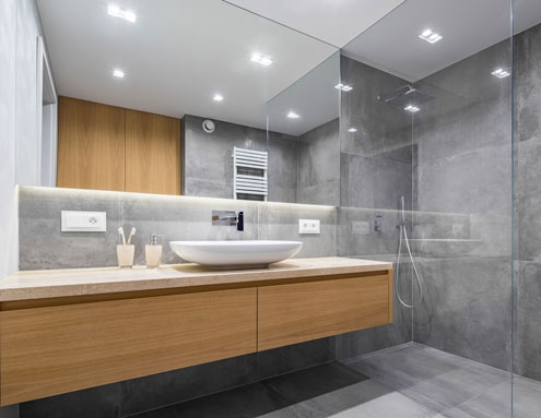 Salle de bain en verre